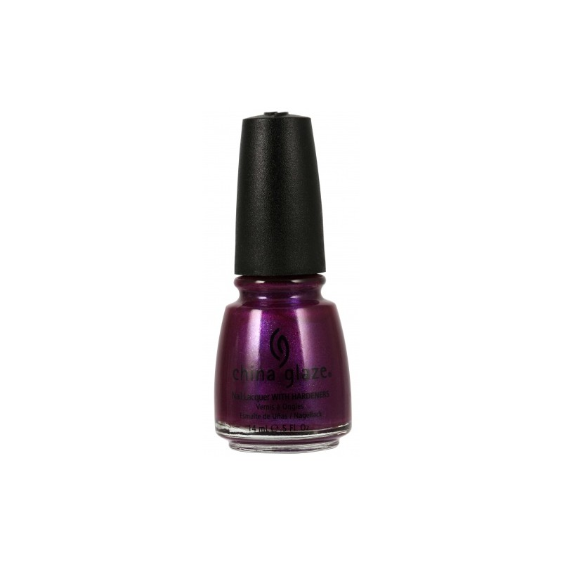 Lak za nohte China Glaze - Draped In Valvet 1